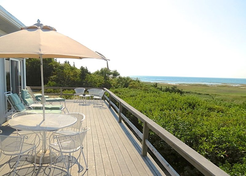Directly on Cape Cod Bay nestled between Rock Harbor and Skaket Beach, this beach house simply has a great location and amenities to enjoy the best of bayside Orleans.