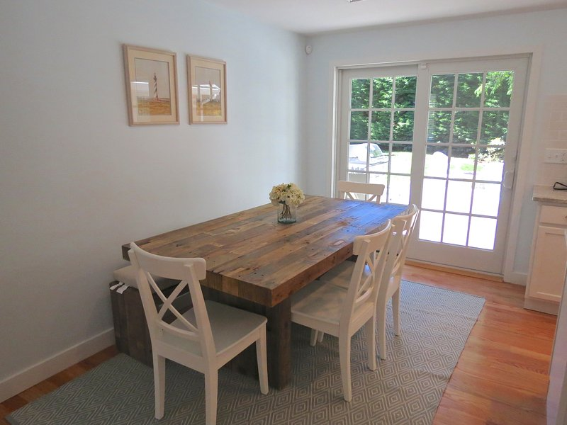 Dining table comfortably seats six.