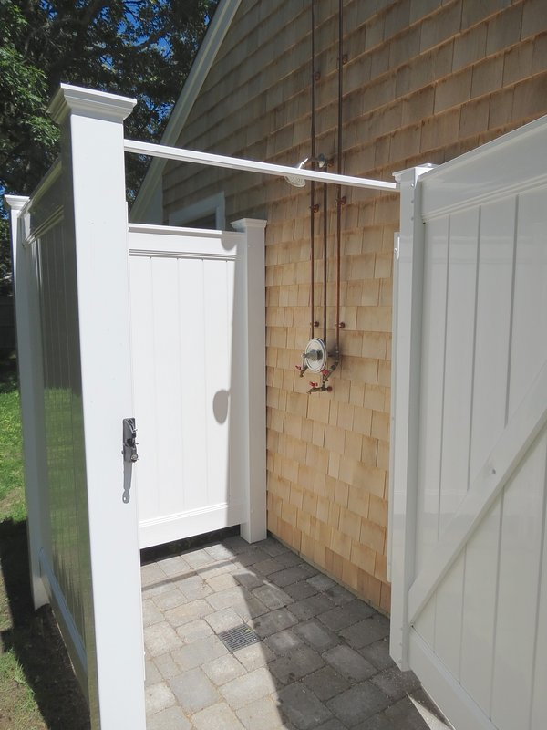 The obligatory Cape Cod outdoor shower