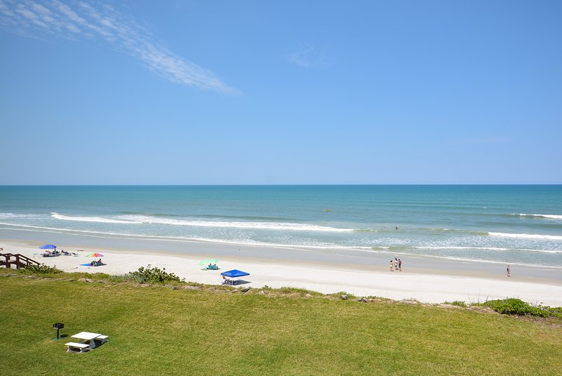 Escape every day life and enjoy the oceanfront views.