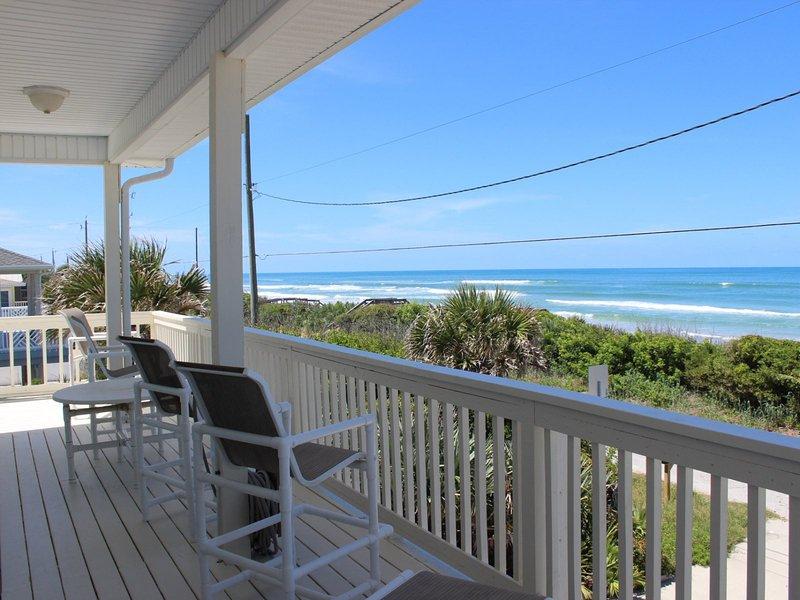 Deck,Porch,Chair,Furniture,Balcony