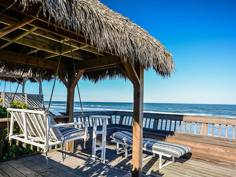 Chair,Furniture,Bench,Gazebo,Boardwalk