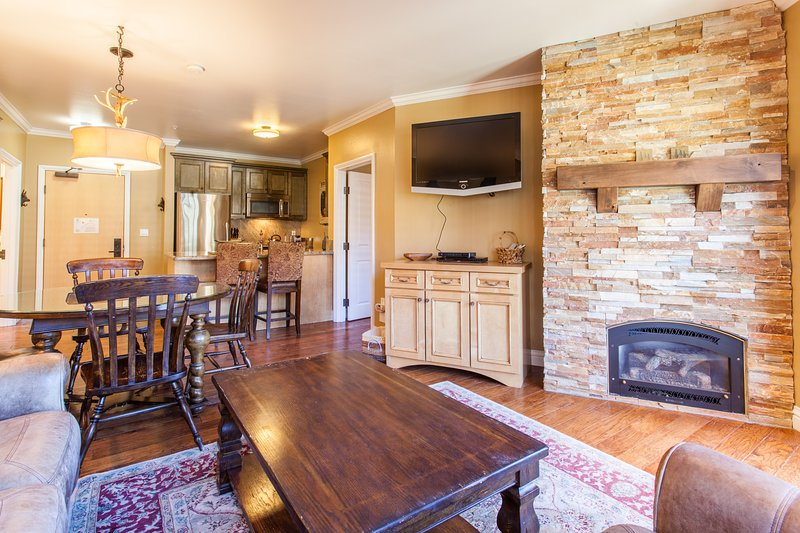 Living Room, Fireplace, Flat Screen TV, Dining Table