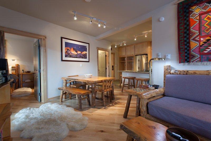 Juniper Springs Lodge #426, aluguéis de temporada em Mammoth Lakes