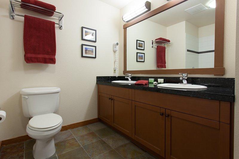Maste Salle de bain # 1; En Suite - Douche et baignoire