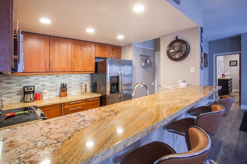 Keuken- en keukenbar met 4 krukken