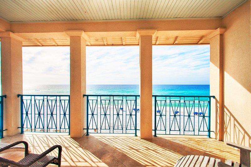 Beautiful Stunning Beach Views From Frangista Pearl
