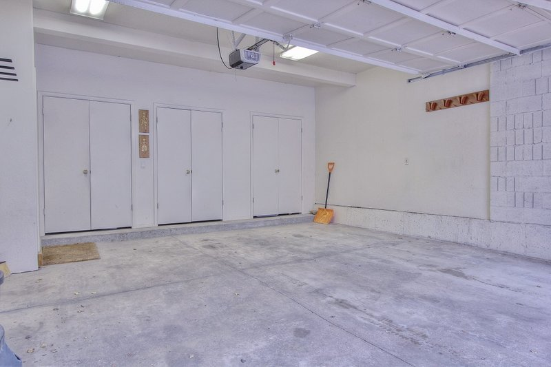 Large 2-Car Private Garage