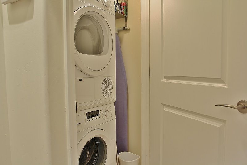 Park City Ontario Manor- Washer and Dryer