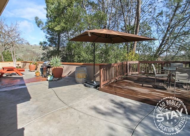 Woodland Patio Privacy in Heart of Paso Robles!, holiday rental in Paso Robles