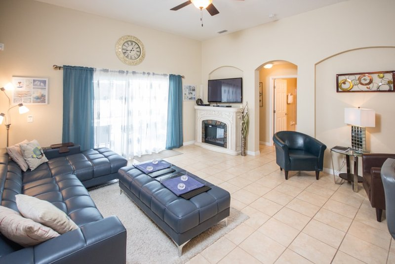 4 Bed Private Pool with Game Room, holiday rental in Polk City