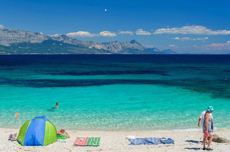 Vue de la plage la plus populaire dans la région, à seulement 2,5 km