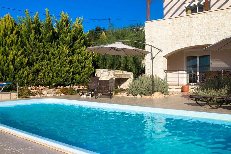 Villa Damythsi, location de vacances à Almyrida