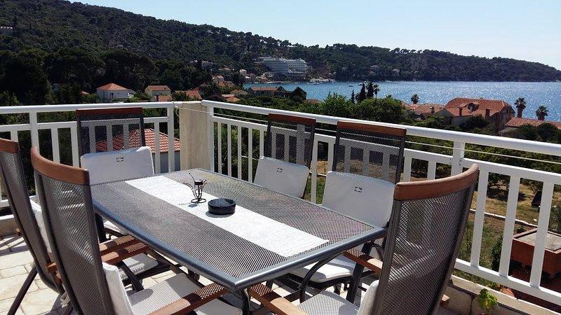 balcón con vista al mar