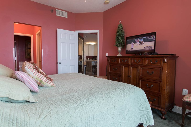 Flat screen HD TV and Blue ray player in Master bedroom