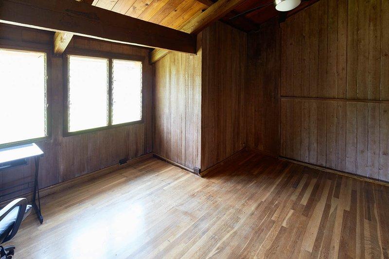 3er dormitorio - ahora tiene cama de matrimonio y una opción para otra cama de aire reina