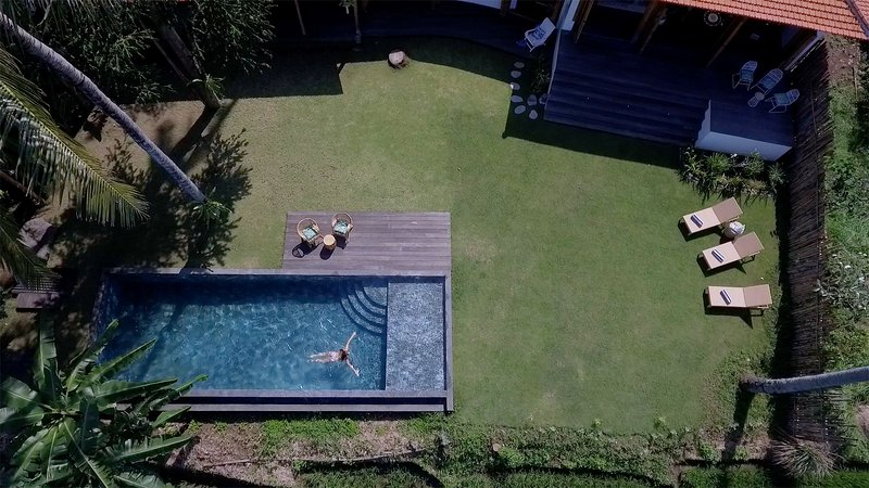 The Mayana Beach House: Pure Comfort in Nature, holiday rental in Pupuan