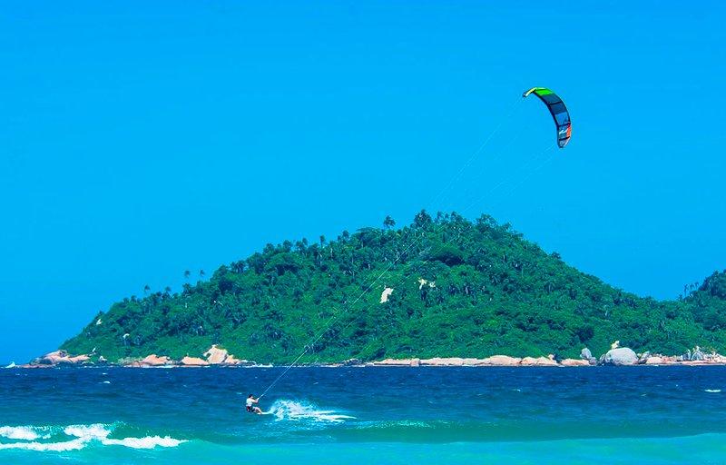 La playa de Campeche es perfecto para el kitesurf. Es bien sabido entre los profesionales