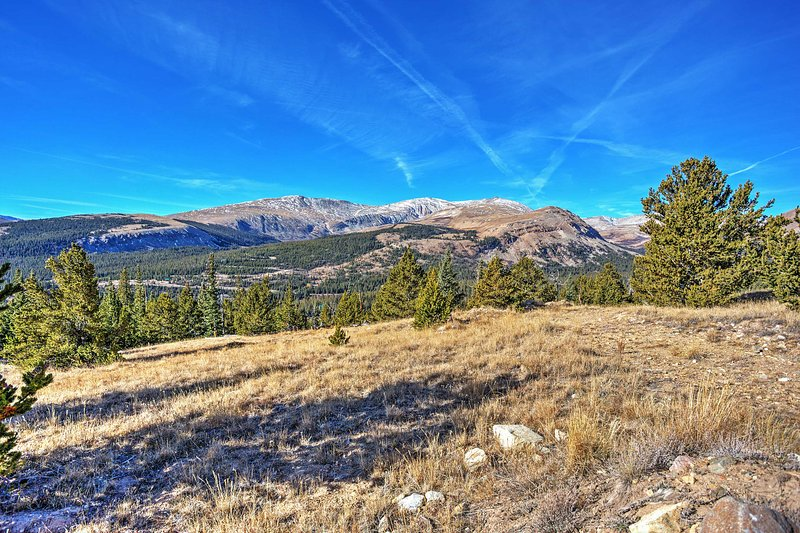 Whatever occasion brings you to the Colorado wilderness, you can be sure 'The Buzzard Mountain Home', a pristine Fairplay vacation rental home, is guaranteed to grant you an unmatched mountain getaway!