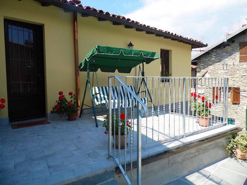 Détendez-vous sur la terrasse de votre maison de village