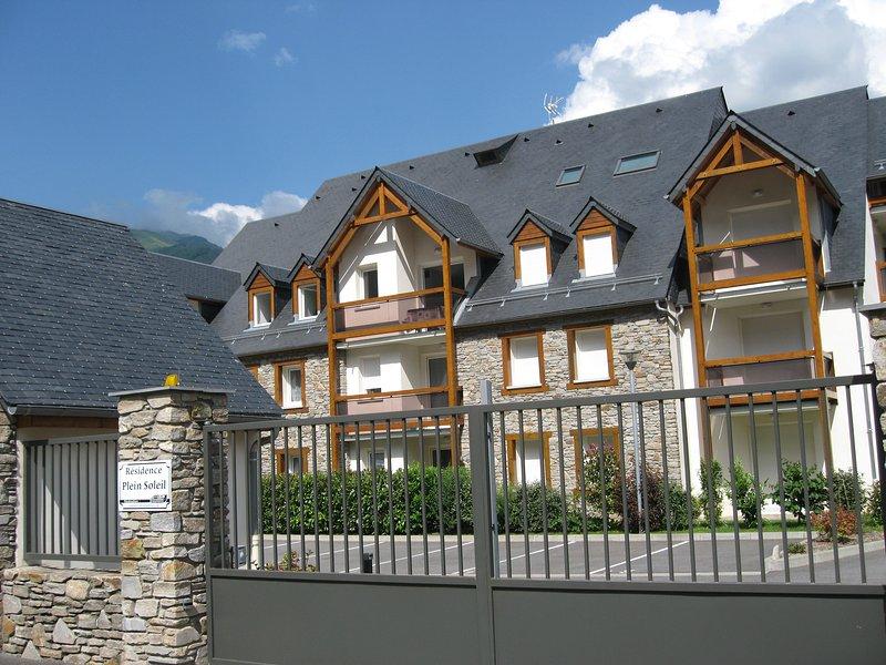 T3 LUCHON CALME et LUMINEUX, holiday rental in Bagneres-de-Luchon