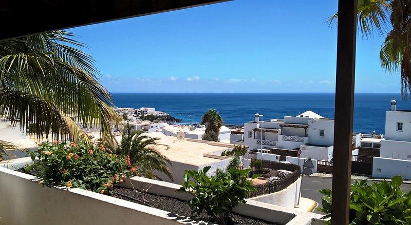 Lago Verde, Suite 24 - Panoramic Sea View - Private Owner - 2 Bed/Shower rooms, alquiler de vacaciones en Puerto del Carmen