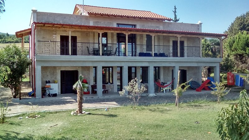 villa helia studio, vacation rental in Veroia