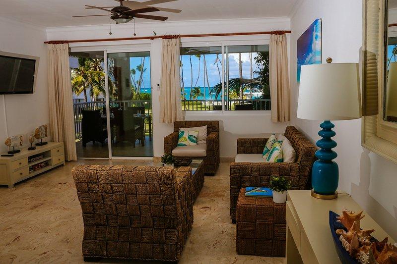 Beautiful BeachFront Condo + Maid Service (Renovated in NOV 2016!!), vacation rental in Punta Cana