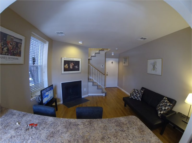 Cozy Park Side Condo in Midtown Baltimore 7SC, holiday rental in Edgemere