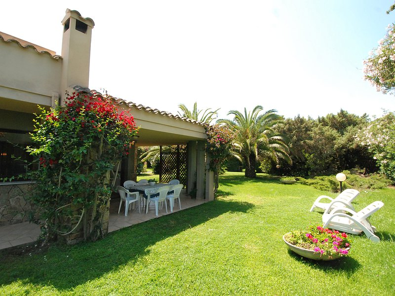 Carlo, holiday rental in Simius