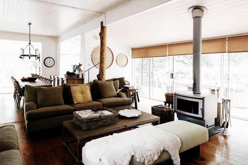 Braebrook - Stunning farm house!, alquiler vacacional en Bellawongarah