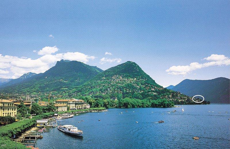 het meer van Lugano met uitzicht op de Monte Brè met de Baronie