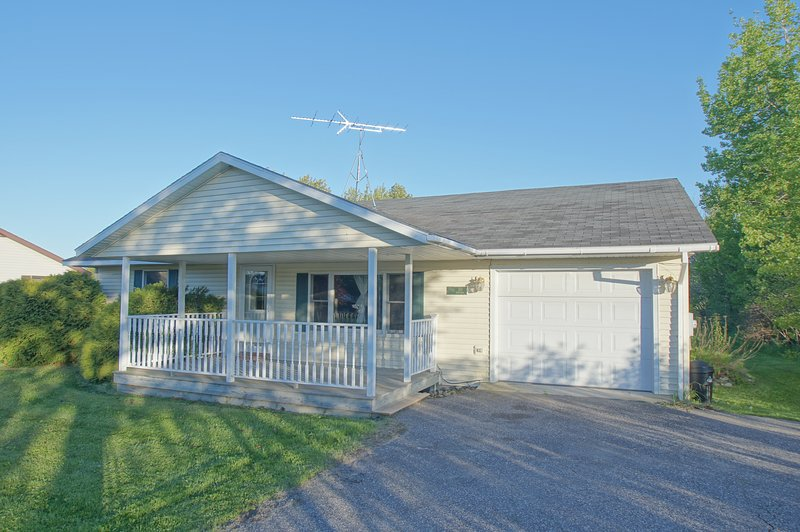 Johnsons Up North, holiday rental in Saint Ignace
