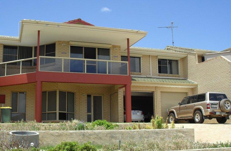 Mandurah Beach House, casa vacanza a North Yunderup