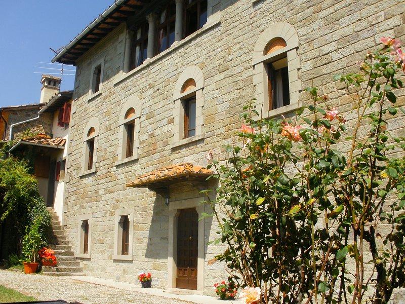 Villa Gentili - Elegant & spacious villa with private pool, vacation rental in Caprese Michelangelo