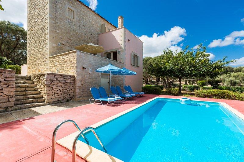 Villa Portokalia (Maroulas Villa Estate), holiday rental in Maroulas