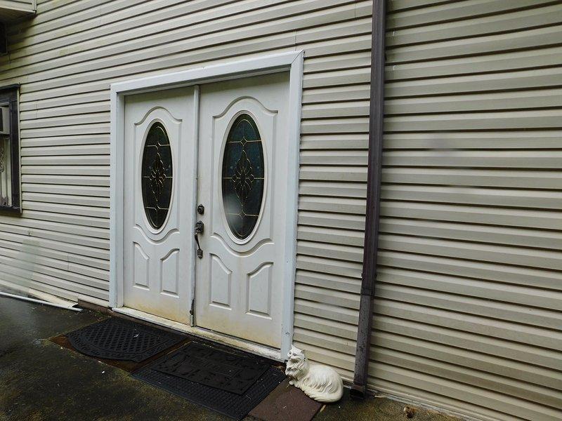 Front Door Entry to the Studio