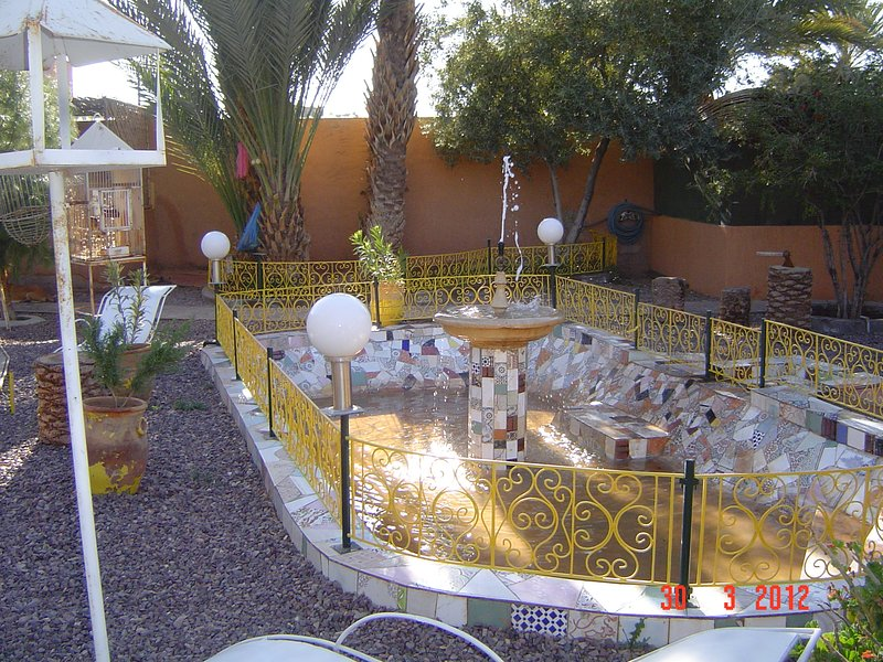 """Possible Area"", garden for relaxation and Hammam"