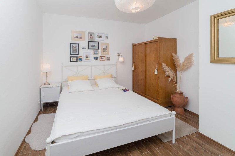 dormitorio principal (cama de 180x200 cm)