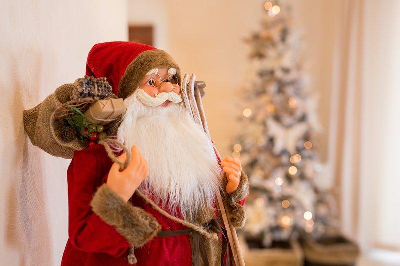 """Kerstman vestigt zich in """"Precious Jewel"""""""
