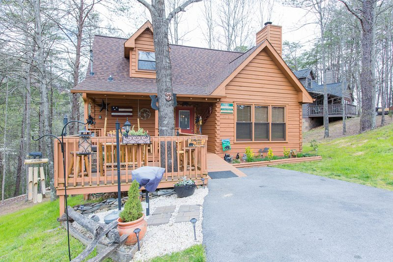 Metts Bear Den, vacation rental in Pigeon Forge