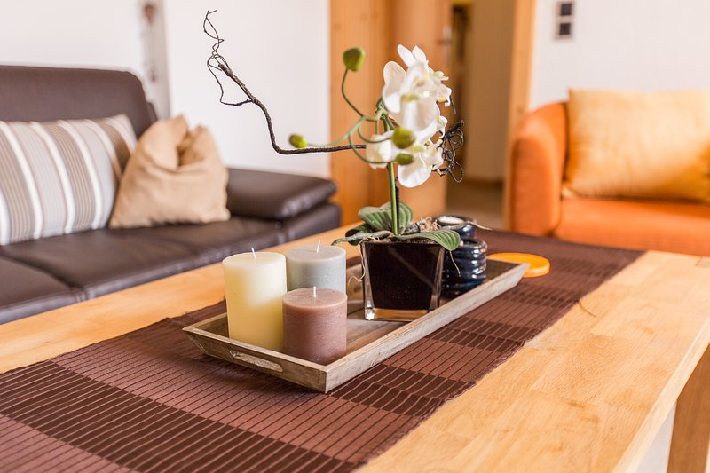 TOP LOCATION - spacious - 2 bedrooms + sauna, vacation rental in Buchen