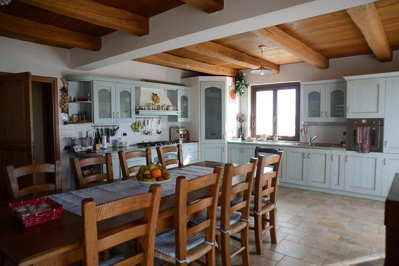 Wonderland Hill - Kitchen