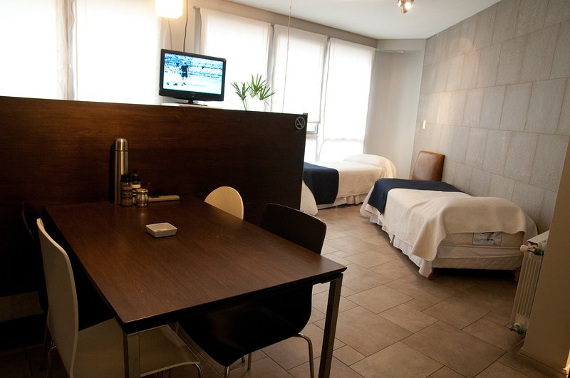 Luxury and fully furnished studio in Mid downtown Mendoza, location de vacances à Cuyo