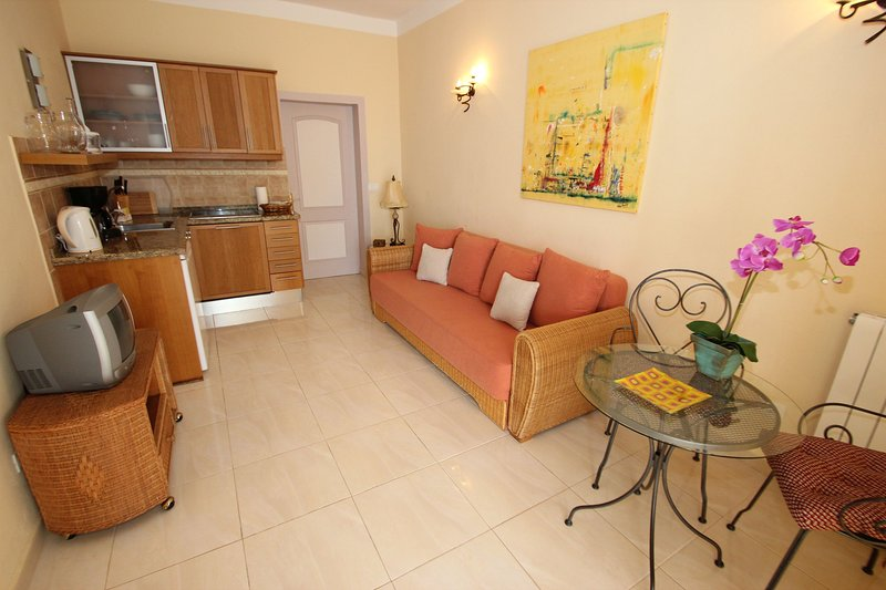 Apartment Colibri Finca Montimar with common Pool heated indoor pool, holiday rental in Chio