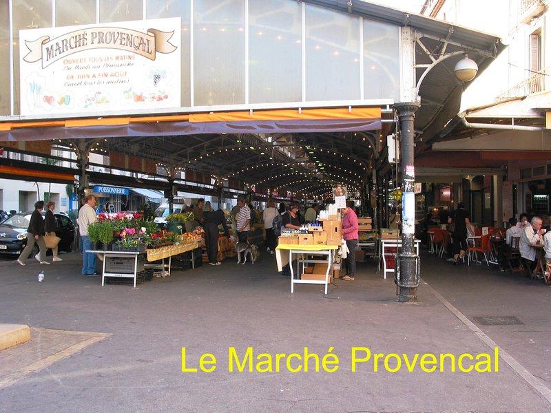 « Marché provençal » Une chance de vous baigner dans les couleurs, les senteurs et les saveurs de Provence
