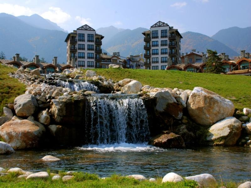Fully Equipped 1-bedroom Apartment in Pirin Golf & Country Club, holiday rental in Razlog