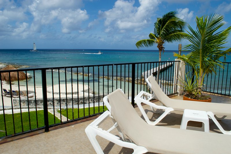 Cozumel Beach House Villa Debra Luxury Ocean Van Million Dollar View slaapt 14