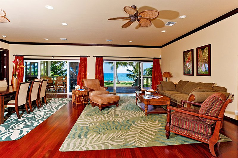 Grand living room with vaulted ceilings.