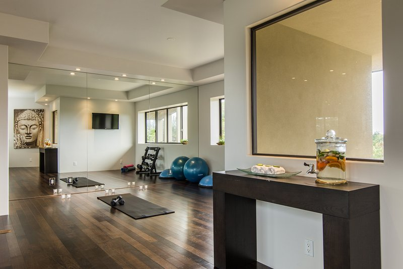 Yoga/exercise room.